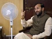 Prakash Javadekar offers relief to school children: NCERT syllabus to be cut by half from 2019 onwards