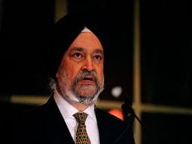If Delhi Metro is an 'expensive luxury liner', AAP govt should buy more buses: Union minister Hardeep Singh Puri