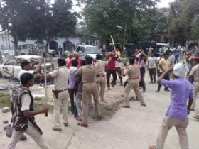 One dead, 25 injured as protesters clash with cops in Bihar