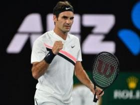 Australian Open 2018: Roger Federer, Maria Sharapova make 3rd round; Novak Djokovic survives brutal heat test
