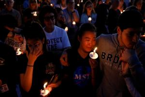 Thousands attend vigil to mourn victims of shooting at Florida's Marjory Stoneman Douglas High School