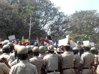 Mahadayi river row: Ahead of Karnataka Assembly polls, BJP-Congress dispute over water sharing escalates