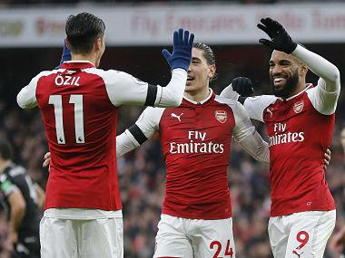 Premier League: Arsenal sans Alexis Sanchez beat Crystal Palace 4-1, Manchester United win against Burnley