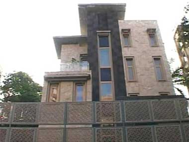 Sachin Moves Into His Rs 80 Cr New Bungalow In Bandra