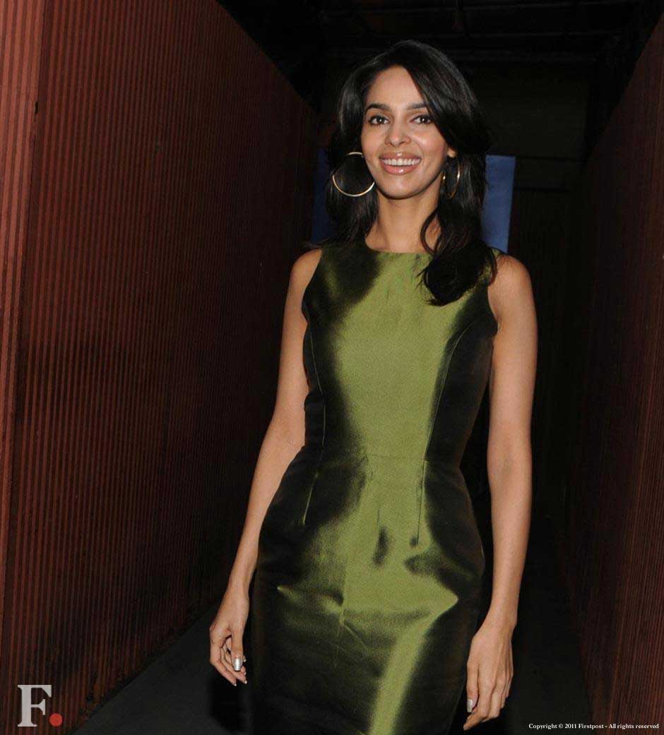 Mallika Sherawat arrives at the party. Raju Shelar/Firstpost
