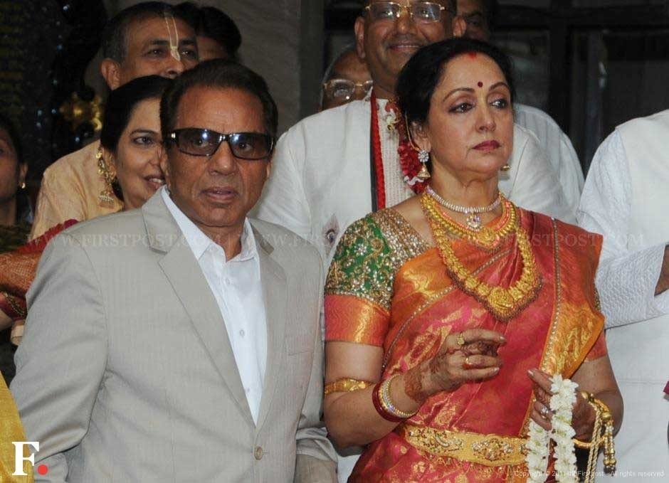Proud parents of the bride, Dharmendra and Hema Malini. Raju Shelar/Firstpost