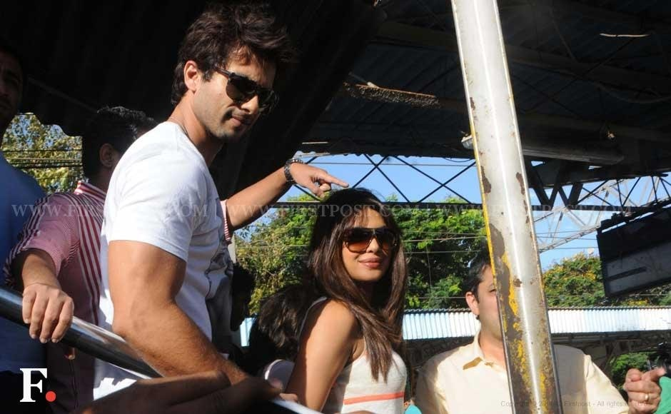 Shahid Kapoor and Priyanka Chopra at a train station. Raju Shelar/Firstpost