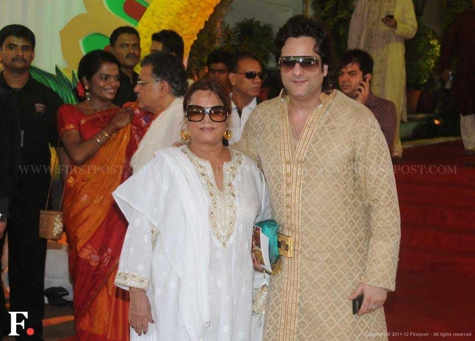 Sundri and son Fardeen Khan at Esha Deol's wedding. Raju Shelar/Firstpost