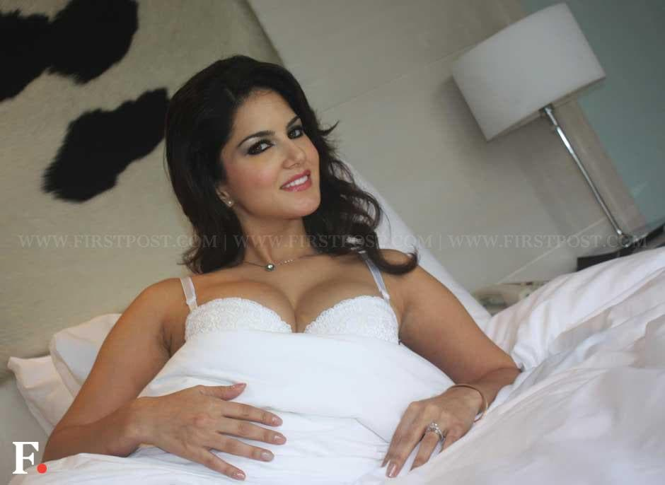 Sunny Leone promoting her upcoming film 'Jism 2'. Naresh Sharma/Firstpost