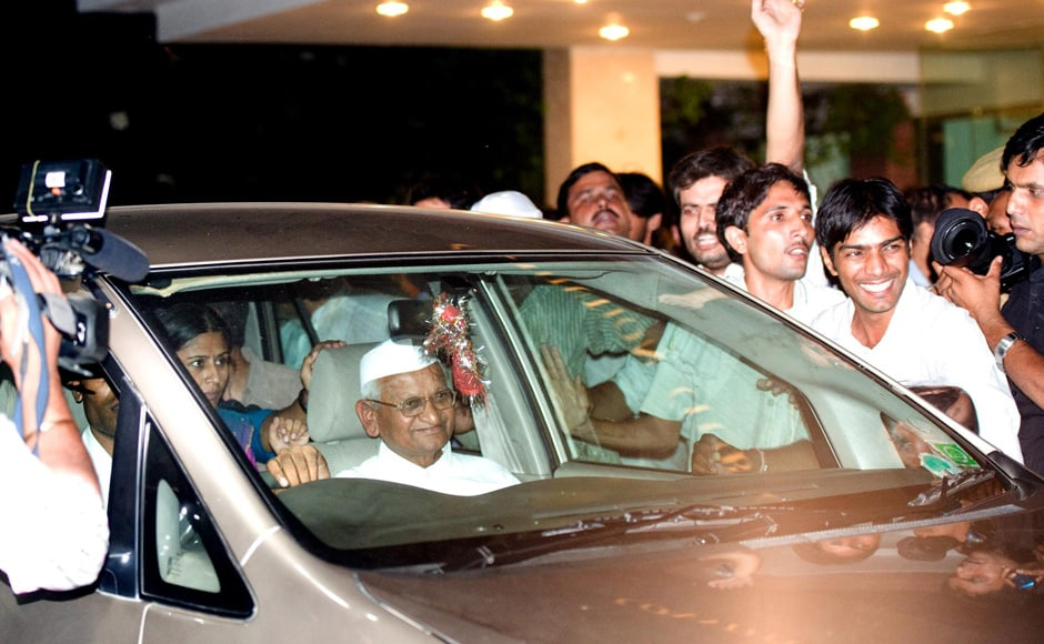 Hazare with his supporters in New Delhi. Naresh Sharma/Firstpost