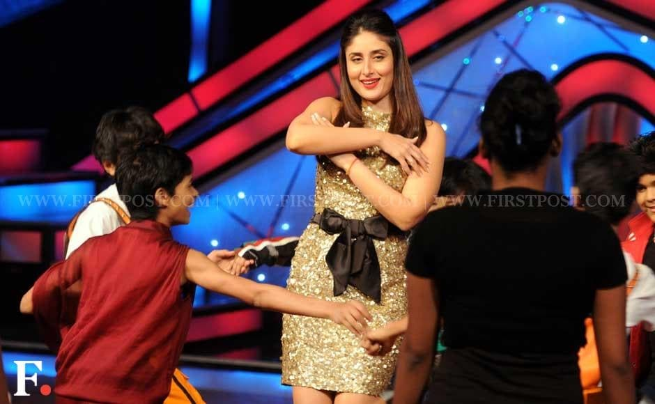 Kareena Kapoor dancing with kids on the sets of Dance Ke Superstars. Sachin Gokhale/Firstpost