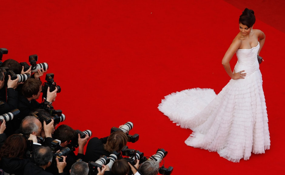 "Bollywood actress Aishwarya Rai Bachchan arrives for the screening of the animated film ""Up"" by director Pete Docter on the opening night of the 62nd Cannes Film Festival on 13 May 2009. Reuters"