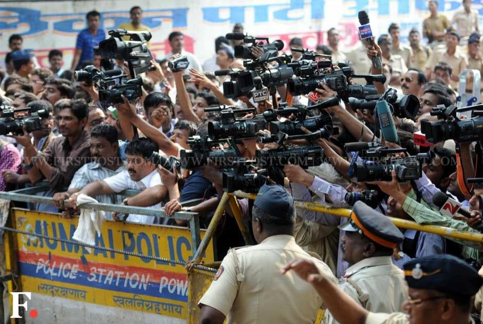 Media persons outside Matoshree after going to meet ailing Shiv Sena chief Bal Thackeray. Sachin Gokhale/ Firstpost