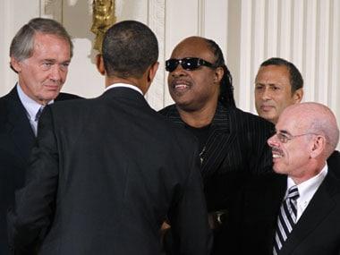 Stevie Wonder has surprise concert for Obama