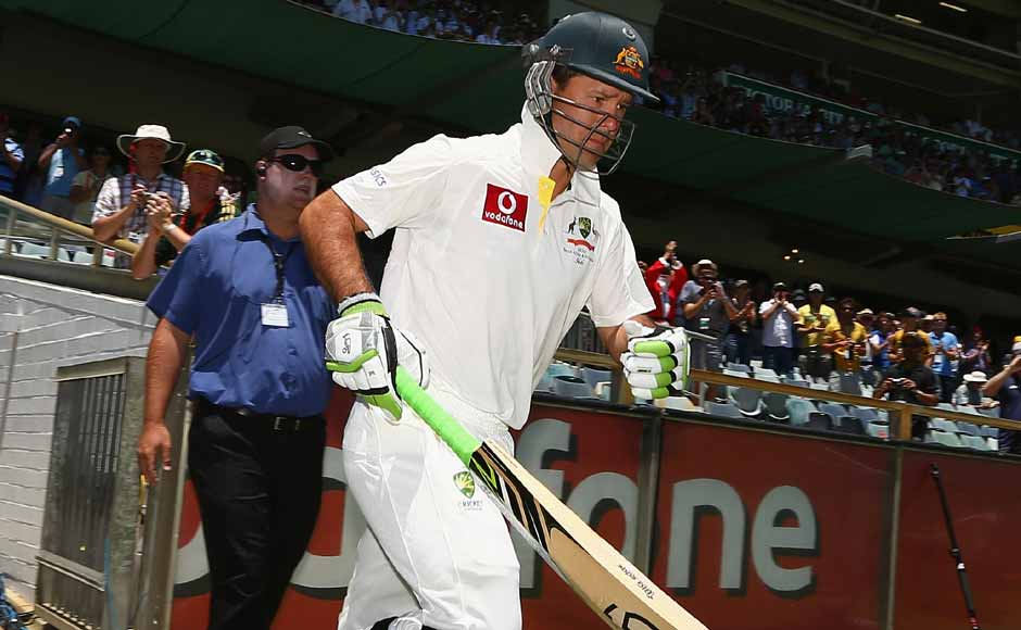 Ponting walks out to bat in his last Test innings. Getty Images