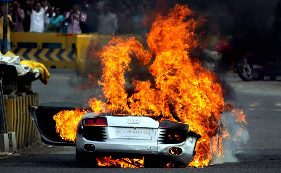 Images: Audi R8 goes up in flames on Bandra-Worli sea link in Mumbai