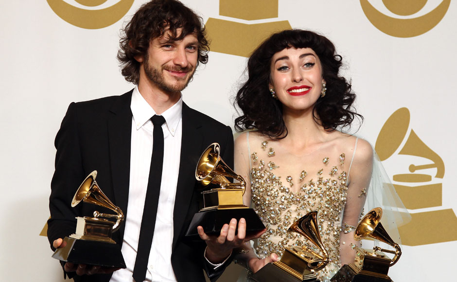 """Gotye and Kimbra pose with their awards for viral hit """"Somebody that I used to know"""". AP"""