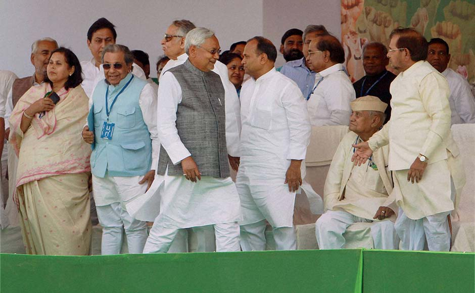 Bihar Chief Minister Nitish Kumar, JD (U) President, Sharad Yadav and other leaders at 'Adhikar rally' demanding special status for Bihar at Ramlila Maidan in New Delhi on Sunday. Atul Yadav/ PTI