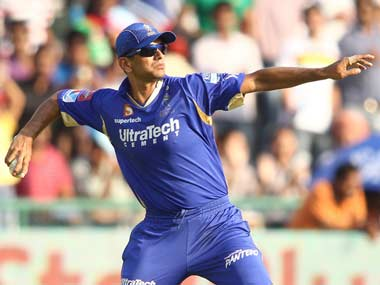Rahul Dravid has to find a way to get his players to focus on tonight's game. BCCI