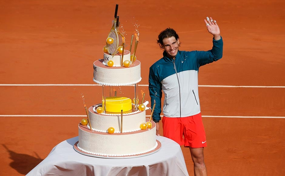 Images: Rafael Nadal, a birthday cake and victory!