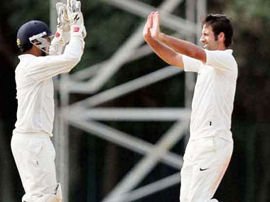 Duleep Trophy 2017: Parveez Rasool's five-wicket haul gives India Green upper hand over India Blue
