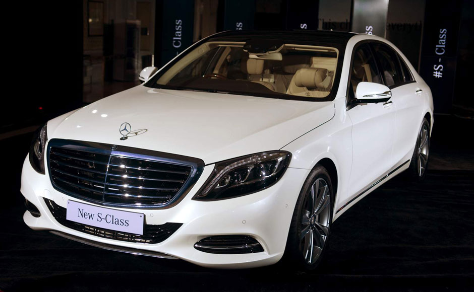 new mercedes benz s class arrives in india with price tag of rs 1 6 cr. Black Bedroom Furniture Sets. Home Design Ideas