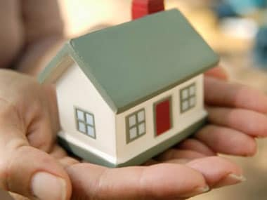 Time to switch your home loan as select banks cut rate?