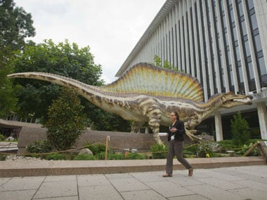 Remains of super-sized water-living dinosaur discovered