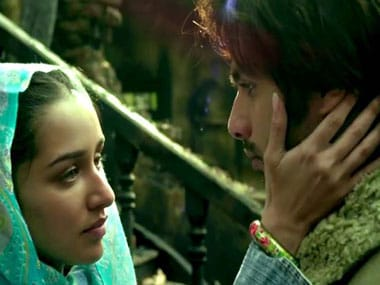 Batti Gul Meter Chalu: Shahid Kapoor's Haider costar Shraddha Kapoor reportedly signed on for film