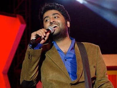 Arijit Singh to direct, co-write Bengali film Simple Notes based on mass migration from Bangladesh
