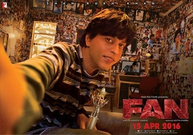 Fan poster: Shah Rukh Khan looks like a weird, watered down version of a superstar