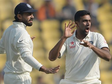 Ravichandran Ashwin (R) and Murali Vijay. AFP