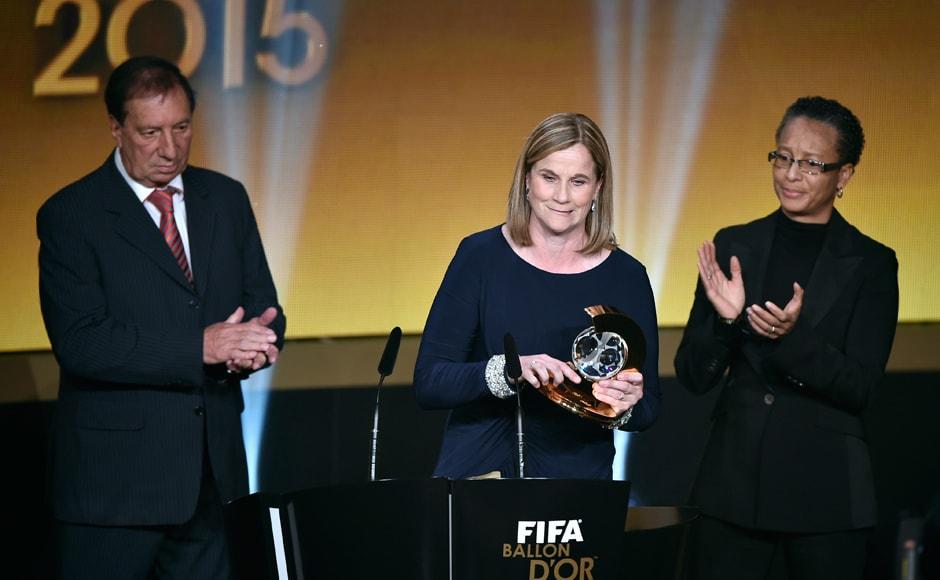 USA's women national team coach Jill Ellis delivers a speech after receiving the 2015 FIFA World Coach of the Year for Women's Football award. AFP