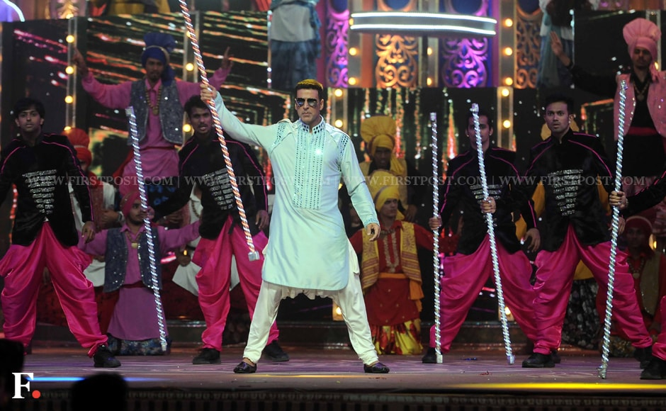 Akshay Kumar is all macho on stage during his dance performance. Sachin Gokhale/Firstpost