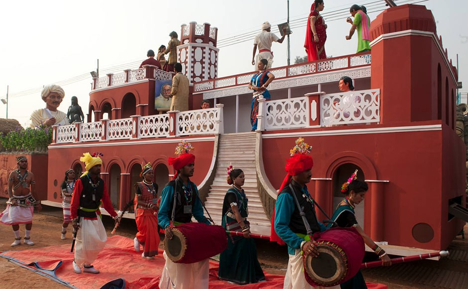Forts, music, dance - all of them find a place on Chhattisgarh's float. Firstpost/Naresh Sharma