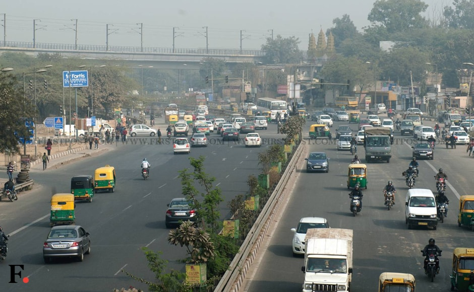 As the restrictions were imposed, many parts of Delhi were reported to have seen relatively smooth traffic. Image: Naresh Sharma/Firstpost.
