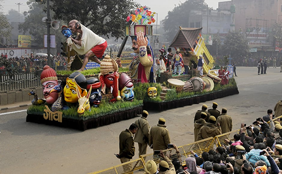 The Goa tableau depicted the Jagor Folk Dance as the performers moved along with the tableau at its side. AP