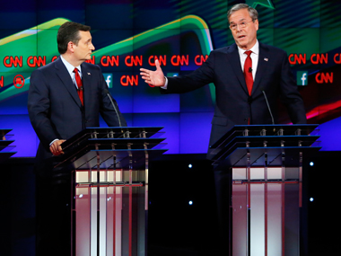 File image of Ted Cruz (left) and Jeb Bush (right). Reuters