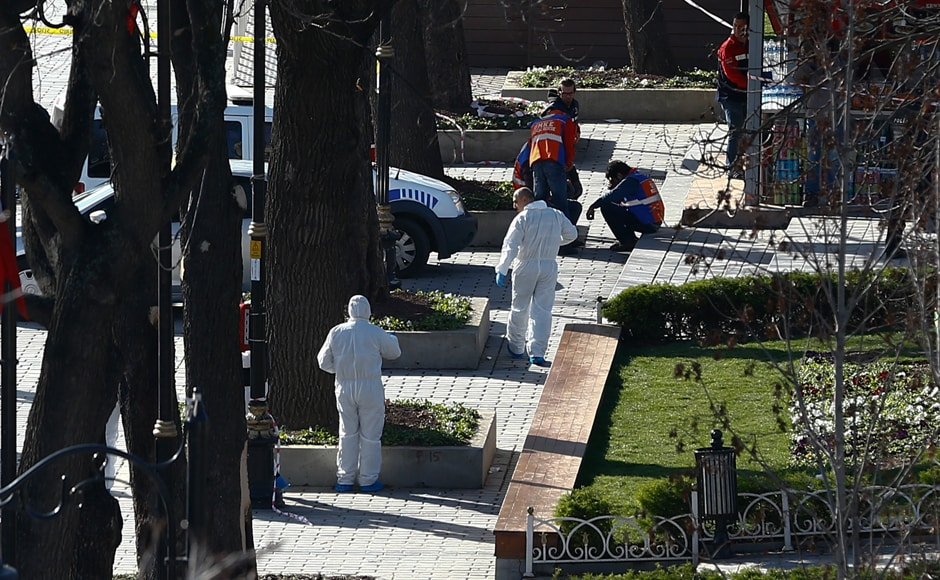 Police forensic experts work on the scene of the explosion. Recently, Turkey had arrested several members of the IS, saying that they had planned attacks. Reuters