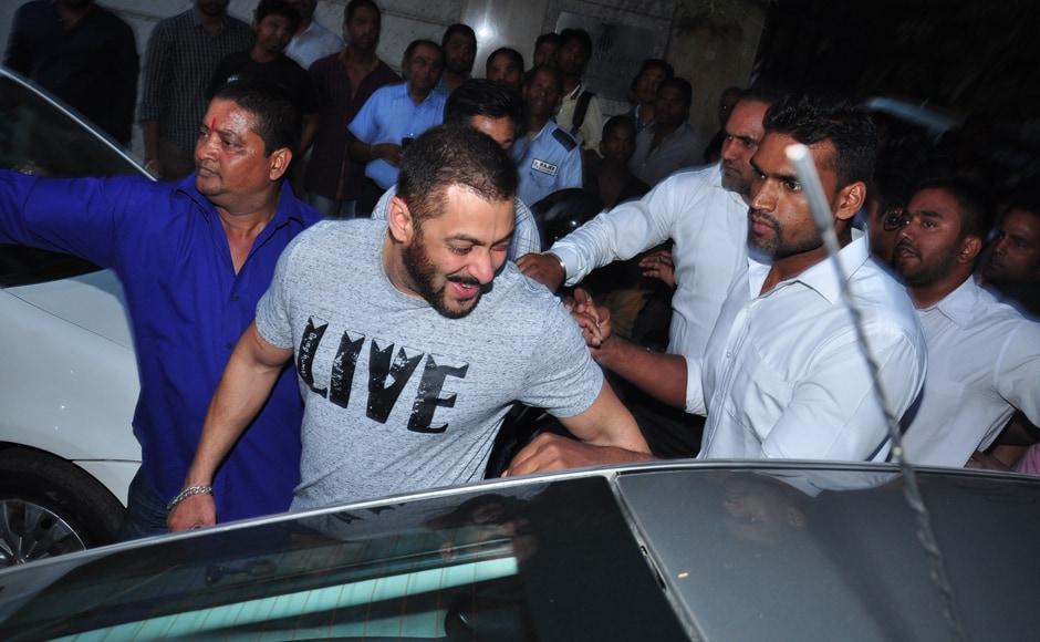 Salman Khan walks from Hard Rock Cafe in Andheri to Yash Raj Studios. Firstpost