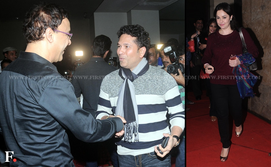 A nattily dressed Sachin Tendulkar meets Vidhu Vinod Chopra, producer of Wazir, at the movie's special screening. Anjali Tendulkar also attended the event. Sachin Gokhale/Firstpost