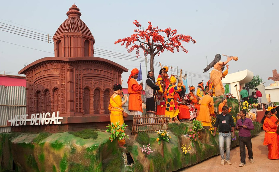 Green earth, trees with orange blossoms and musicians in yellow: West Bengal's float is definitely colourful. Every year, the parade hosts a different state guest. This year, the state guest of honour is French President Francois Hollande. Firstpost/Naresh Sharma