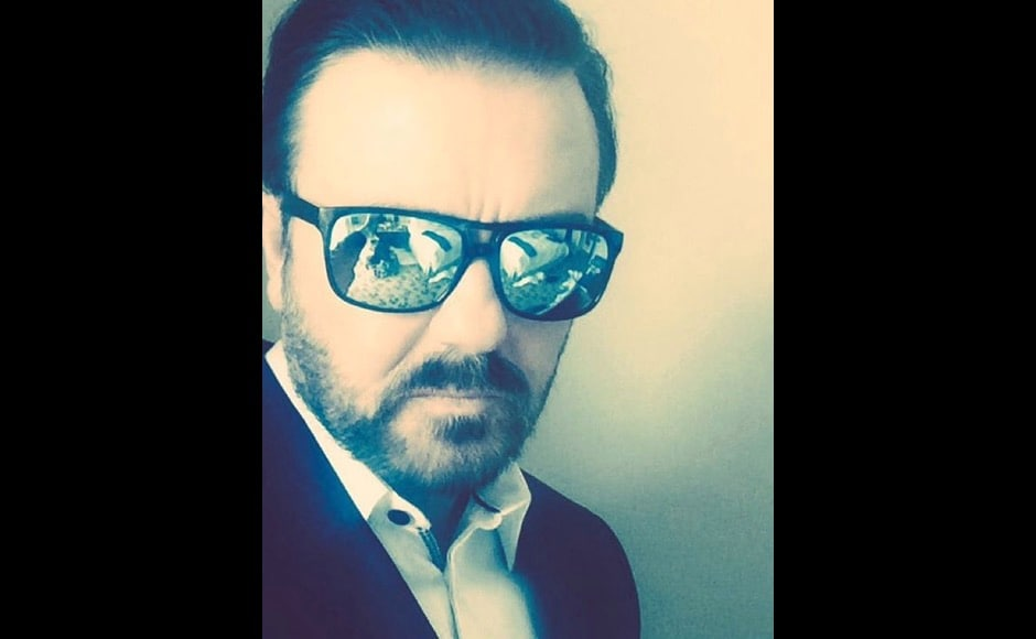 """I'm on my way,"" an almost warning from the dapper Ricky Gervais before the Golden Globes. Image courtesy: @rickygervais/Instagram"