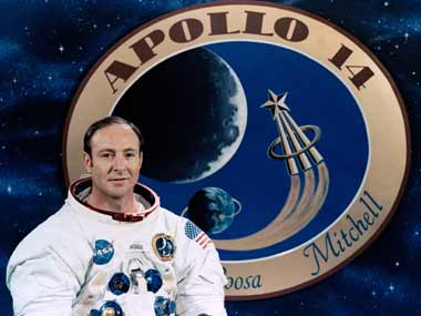 'Lunar pioneer': Astronaut Edgar Mitchell, one of few men who walked on the Moon, passes away