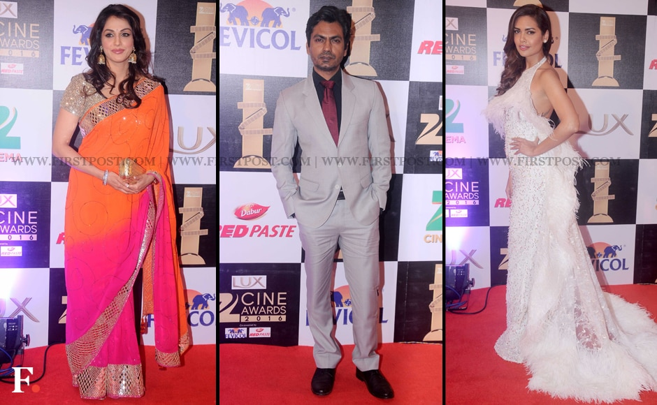 Isha Koppikar, Nawazuddin Siddiqui and Esha Gupta also graced the red carpet. Siddiqui won two awards at the Zee Cine awards - one for Best Actor in Comic role for <em>Bajrangi Bhaijaan</em> and another for Best Actor in Negative role for <em>Badlapur.</em> Sachin Gokhale/Firstpost