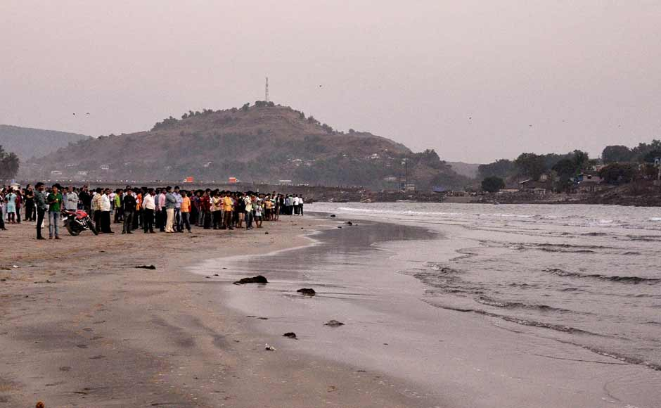 Local gather at the Murud beach in Raigad District, India after 14 students from Abeda Inamdar college died from drowning at the Murud beach near Raigad District. The incident occurred when 18 students were swept into the sea when they went for a swim in the afternoon. Solaris Images