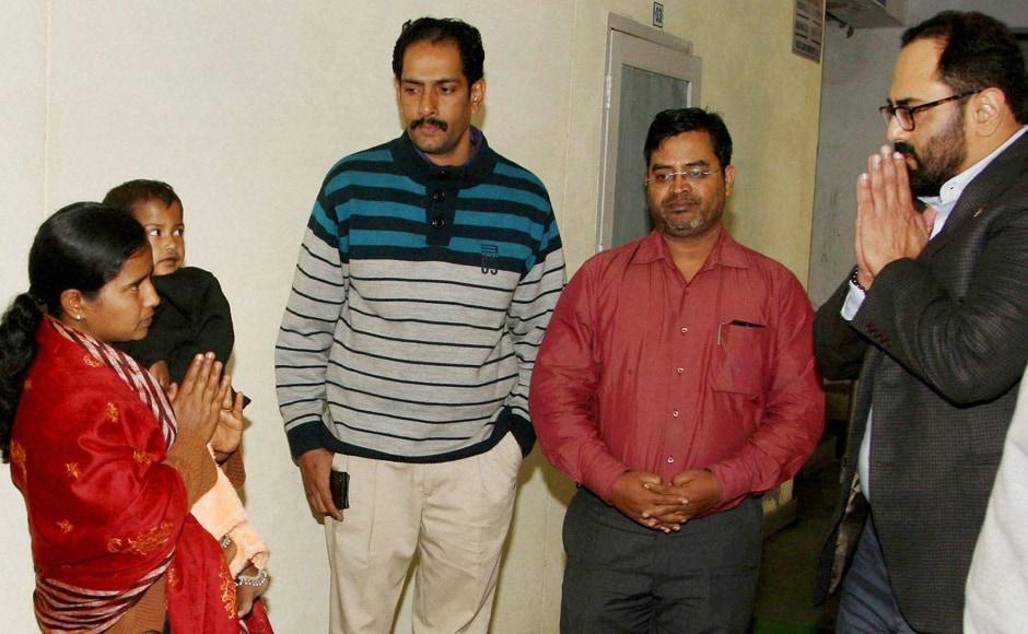 New Delhi : MP Chandrasekhar, meets the family members of Lance Naik Hanamanthappa Koppad at the Army R&R Hospital in New Delhi on Wednesday. PTI