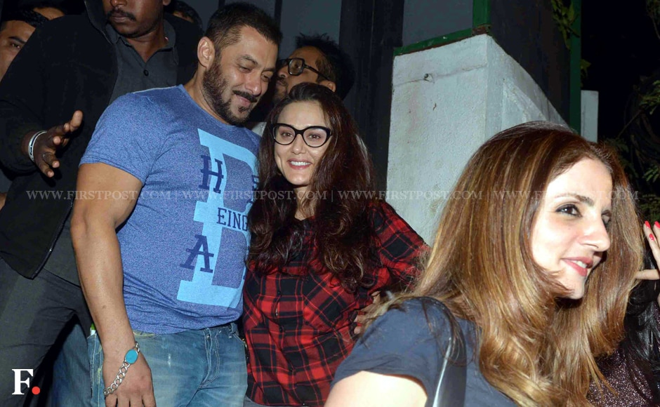 Salman Khan and Priety Zinta spotted at a suburban restaurant in Bandra. Sachin Gokhale/Firstpost