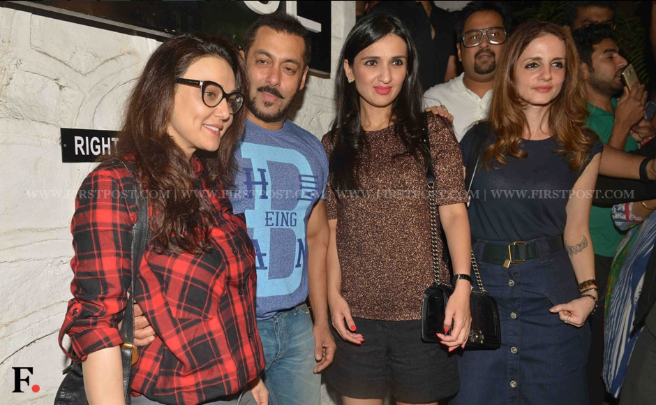 Preity Zinta, Salman Khan, Suzzane Roshan and friends. Sachin Gokhale/Firstpost