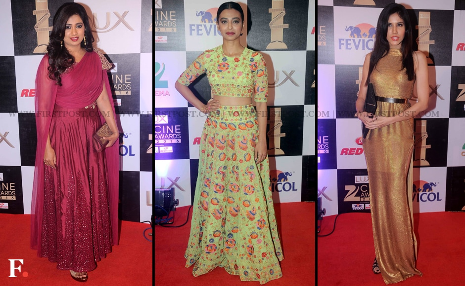 Shreya Ghoshal, Radikha Apte and Sonali Sahgal also made a stunning entry on the red carpet. Shreya Ghoshal won the Best Playback Singer (Female) award for 'mohe rang do lal' from <em>Bajirao Mastani.  </em>Sachin Gokhale/Firstpost